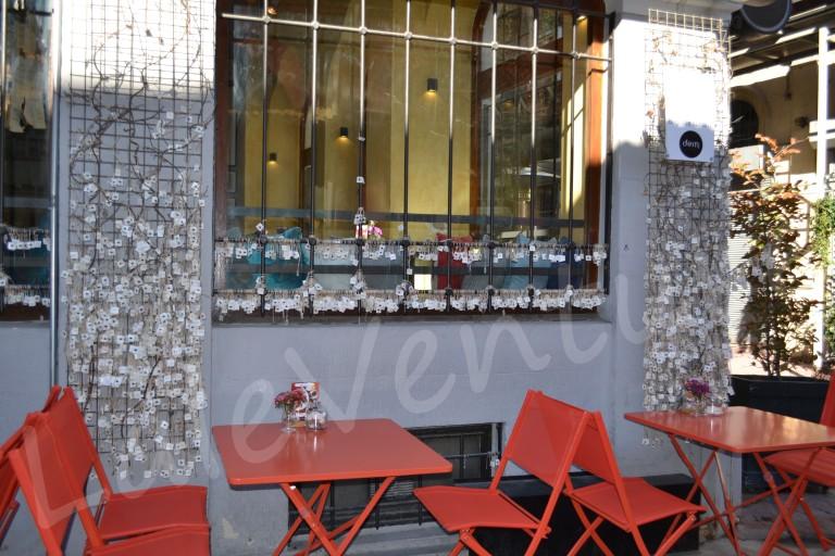 Karakoy cafes