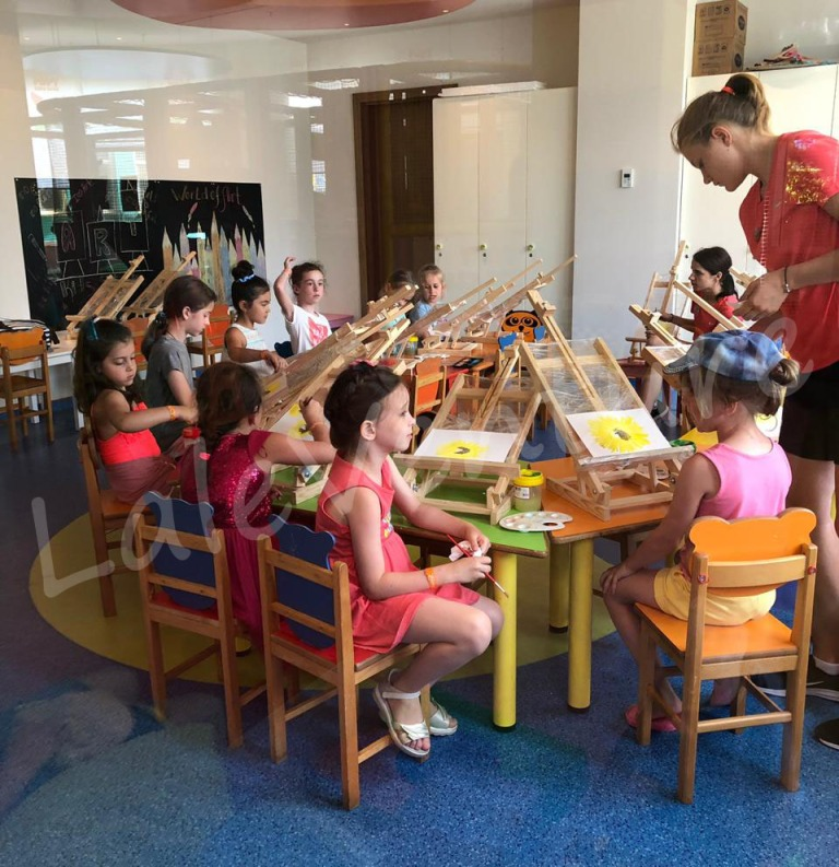 laleventure papillon zeugma relaxury hotel review kids club drawing activity
